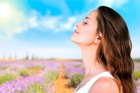 La rinoplastia puede realizarse por motivos funcionales (se respira mal) o estéticos.
