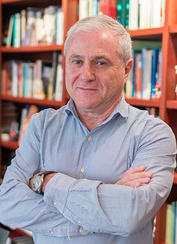 Dr. Vicente Ezquerro Esteban