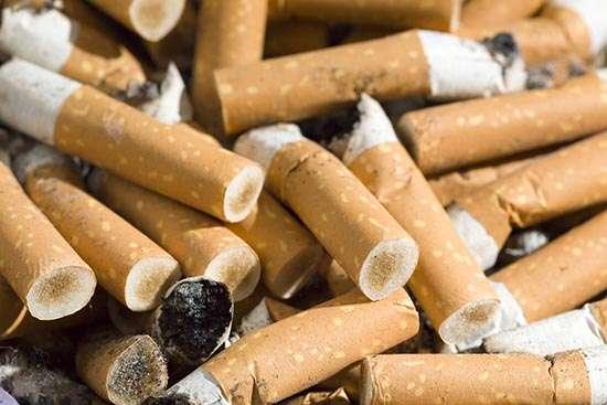 Aufgerauchte Zigarettenstummel - Rauchen