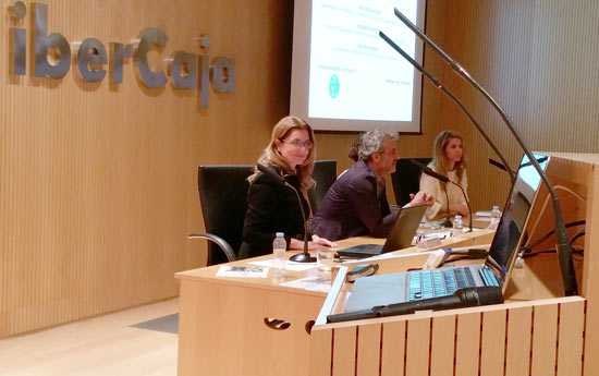 Conferencia oncologia Paz Cerdá Zaragoza