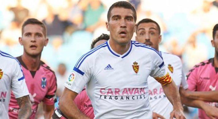 El Dr. Jorge Alfaro opera al jugador del Real Zaragoza Alberto Zapater