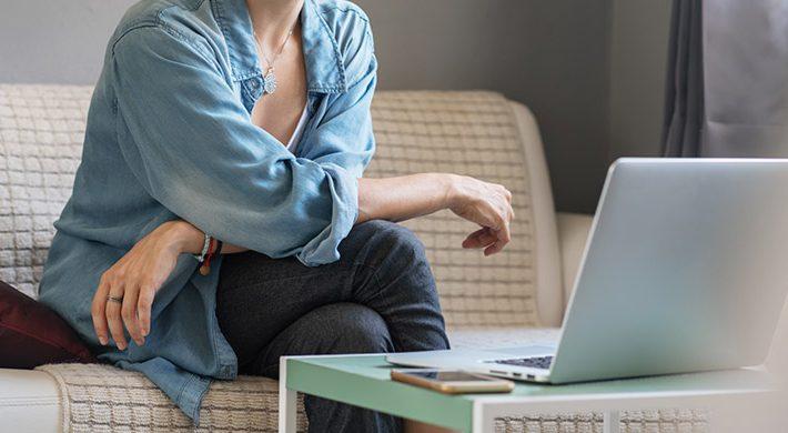 La terapia online como alternativa necesaria para combatir el aislamiento