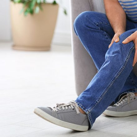 Cómo evitar problemas circulatorios y vasculares en situaciones de confinamiento