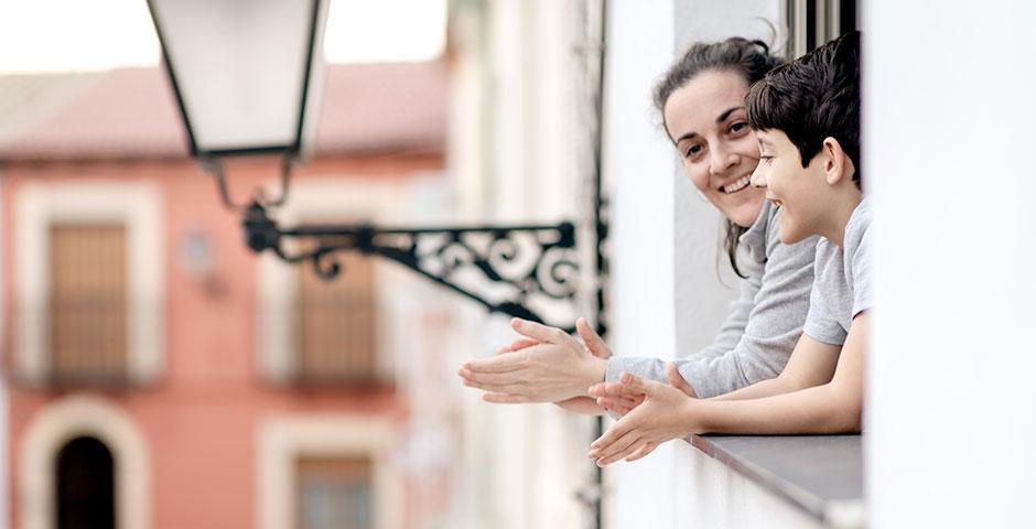 Los aplausos de los balcones, han servido más de lo que mucha gente se piensa