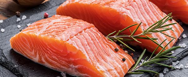 El pescado graso, necesario para prevenir la sequedad de la piel